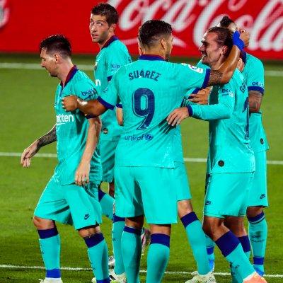 Неизиграните реванши в Шампионската лига ще се играят на домашните стадиони