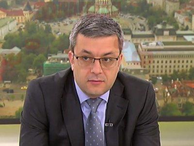 Тома Биков: Васил Божков стои зад протеста