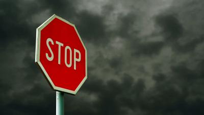 Вандали изпотрошиха пътните знаци по Яхиновско шосе