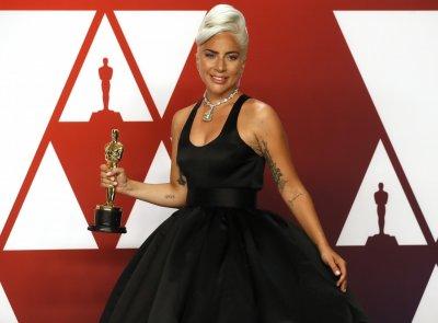 "Леди Гага лице на новия аромат на ""Валентино"""