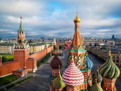Край на задължителната карантина за пътуващи в Русия