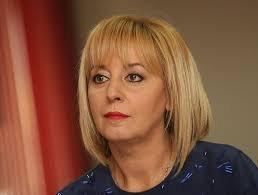 Мая Манолова: Протестиращите трябва да бъдат в парламента
