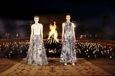 Dior показа новата си колекция пред катедрала (СНИМКИ)