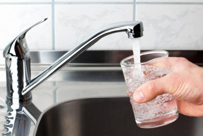 Литият в питейната вода намалява агресията
