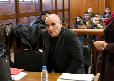 Ценко Чоков плаши със смърт бизнесмен