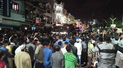 Сблъсъци с убити в Индия заради пост срещу Мохамед