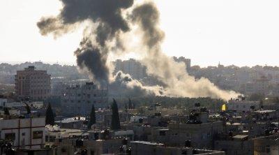 Израел бомбардира позиции на Хамас
