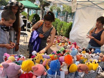 Циркови артисти и огнено шоу на Фестивала на занаятите в Царево (СНИМКИ)