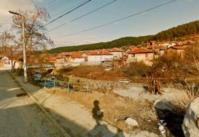 Жесток побой и смърт разтърсиха пазарджишко село