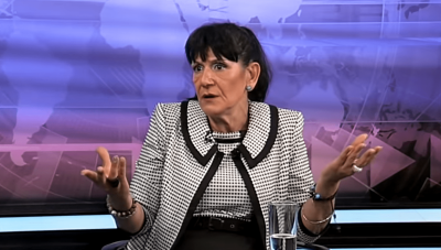 Коментар: С яйцата по Ива Николова ли ще оправите държавата?