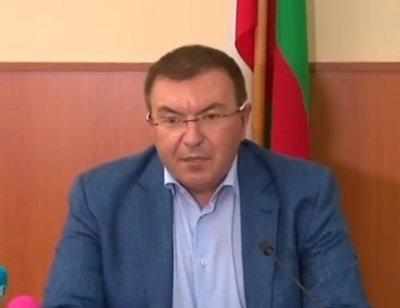 Здравният министър: В Добрич ситуацията е кризисна, но има решение