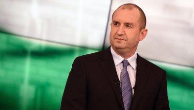 Румен Радев: Властта е длъжна да осигури машини за гласуване