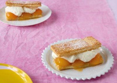 Бутер тортички с кайсии или праскови