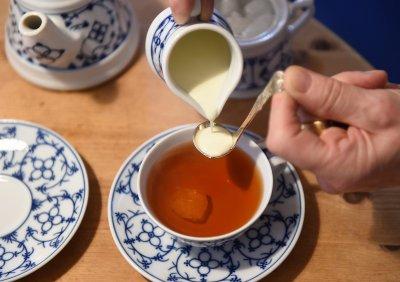 Диетолог: Мед в чая? Забравете
