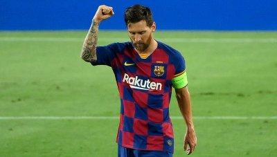 Лео Меси остава капитан на Барса