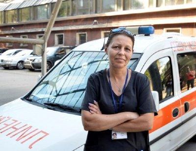 Това е Гергана, единствената жена, шофьор на линейка