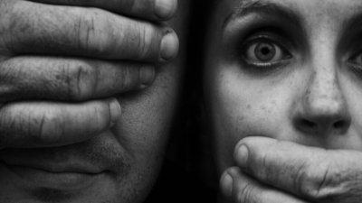 Рецидивист изнасили 14-годишна, заплашил, че ще заколят семейството й