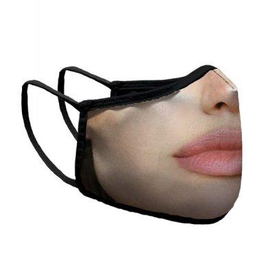 Устата на Анжелина и мустакът на Джони Деп ни пазят от COVID-19