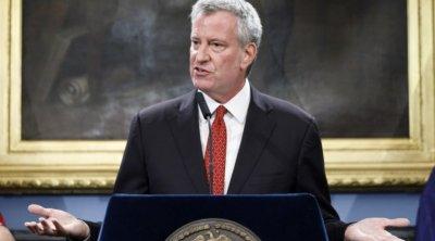 Кметът на Ню Йорк излиза в отпуск, няма пари