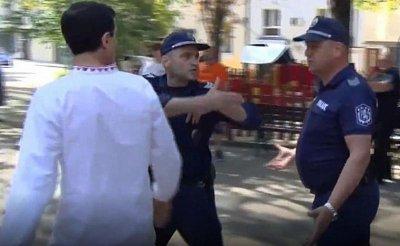 Полиция отведе пловдивски протестър