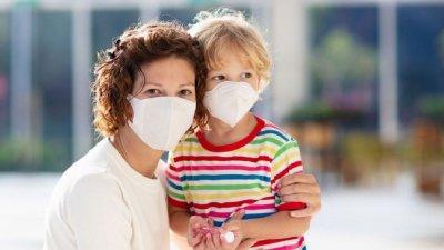 ЛОШО: Извън София само 10 % от хората носят маски
