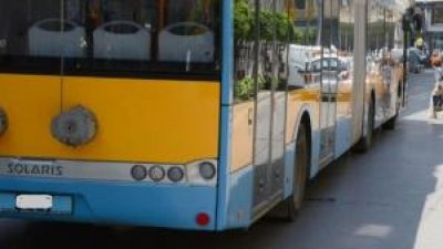 Kошмар: Тролей блъсна пешеходка в столицата