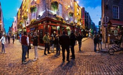 Отварят кръчмите без консумация на храна в Ирландия