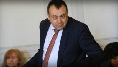 Хамид Хамид видя нов шеф на парламента
