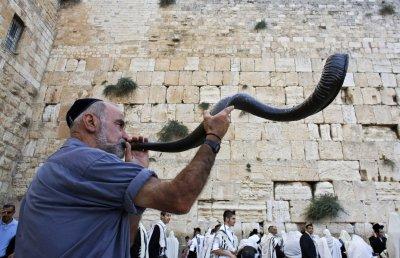 Евреите посрещат Новата 5781 година под карантина