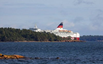Ферибот заседна в Балтийско море
