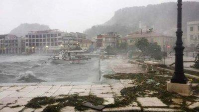 """Няма пострадали българи в Гърция заради циклона """"Янос"""""""