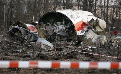 Полша иска арест на руските авиодиспечери за ужаса в Смоленск