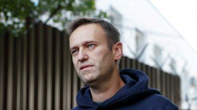 Навални отровен в хотелската стая, не на летището