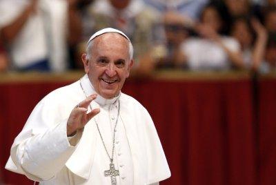 Папата назначи жени във важен орган на Ватикана