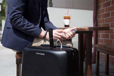 Първият интелигентен куфар (ВИДЕО)