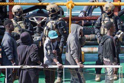 Малта спаси над 200 мигранти с кораб