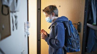 Още един ученик в Пловдив с коронавирус