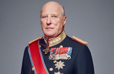 Кралят на Норвегия по спешност в болница