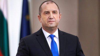 Радев със съболезнования към Зеленски за жертвите от авиокатастрофата