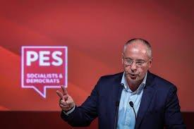 Станишев: Нинова превърна БСП в лидерска партия, а пленума - в гумен печат