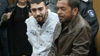 Почернени родители поискаха 7 г. затвор за двойния убиец на пътя Огнян Дебелаков