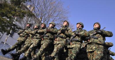 В Русия се шегуват: Шпионирахме несъществуващата българска армия