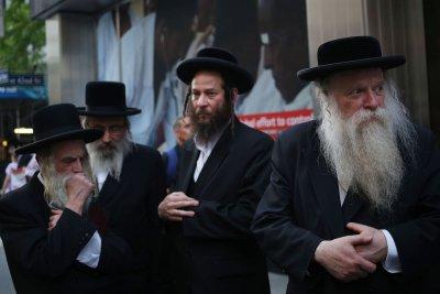 Ултраортодоксалните евреи масово се заразиха с COVID-19