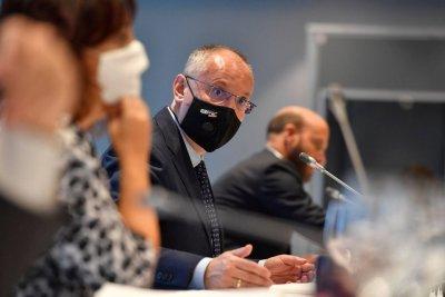 Станишев: ЕК постави тежка оценка за ситуацията в България
