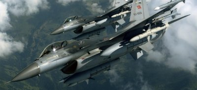 Става страшно: Турски F-16 свали арменски Су-25
