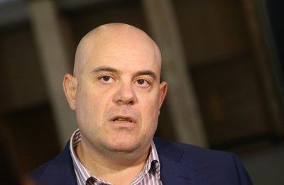 Гешев за пореден път: Борисов е разпитван три пъти