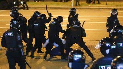 Полицията в Беларус е упълномощена да използва смъртоносна сила