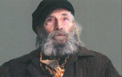 След сигнал на Lupa.bg: Вежди спасява художника на Левски