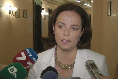 Таня Андреева хвърли бомба: Ще затваряме училищата
