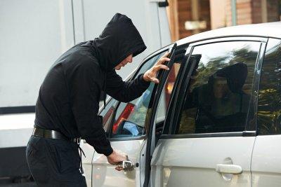Внимание, майки: Крадат ви чантите, докато оставяте децата в яслата